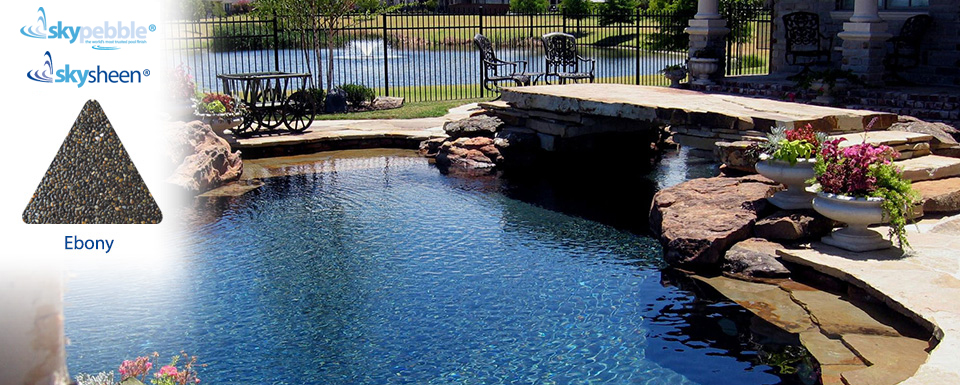 Natural inground pool with Skypebble®'s Ebony interior